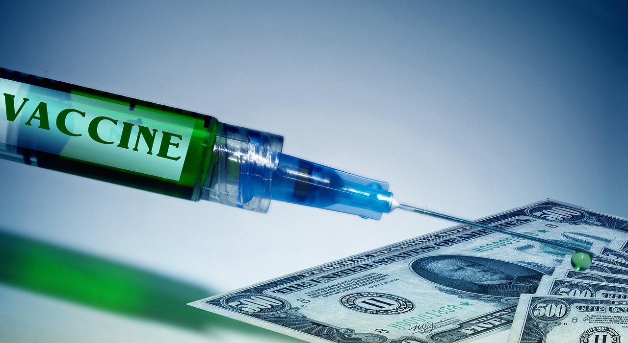 가장 빠른 속도로 백신을 개발 중인 모더나는 백신 가격을 1인당 50~60달러에, 화이자는 그보다 저렴한 39달러에 공급할 가능성이 높은 것으로 알려졌다.