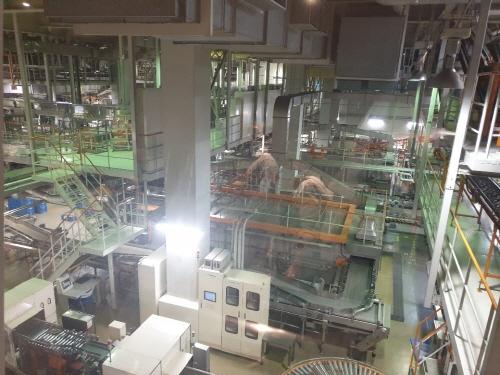 하루 350만캔의 맥주를 생산, 이 중 15%가량을 한국에 수출하는 후쿠오카 아사히맥주 공장 생산라인